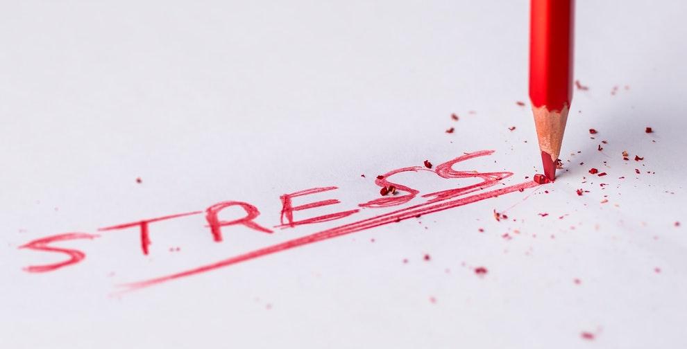 Stress door kritiek op het werk